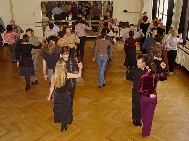 argentine tango workshop in La Sourdière